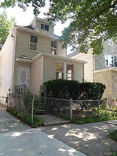 Bronx NY Single Family Home For Sale: $639,000