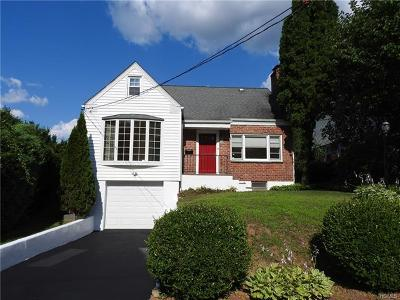 Hartsdale Single Family Home For Sale: 33 Tennyson Street