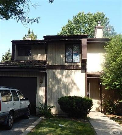 Middletown Single Family Home For Sale: 8 Charlotte Mews