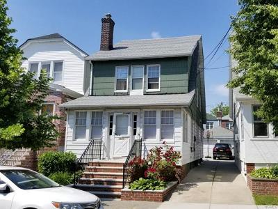 Bronx NY Single Family Home For Sale: $679,000