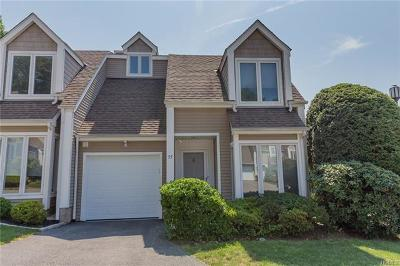 Ossining Condo/Townhouse For Sale: 77 Spring Pond Drive