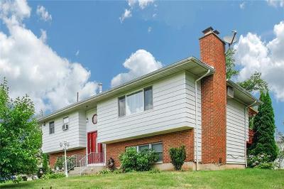 Single Family Home For Sale: 28 Lakeward Avenue