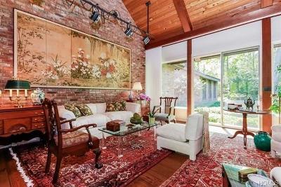 Poughkeepsie Single Family Home For Sale: 1 Gus Siko Road