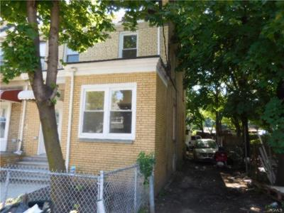 Bronx Single Family Home For Sale: 3735 Rombouts Avenue
