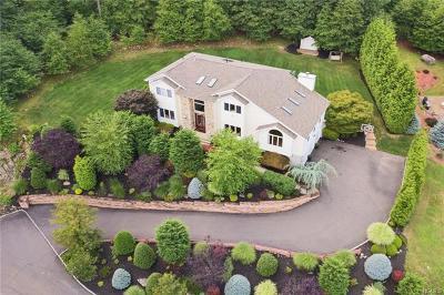 Stony Point Single Family Home For Sale: 6 Buchanan Lane