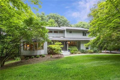 Croton-On-Hudson Single Family Home For Sale: 29 Fox Run Road