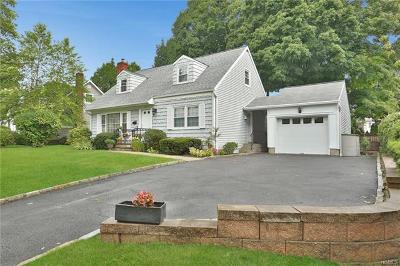 Scarsdale Single Family Home For Sale: 127 Hilburn Road