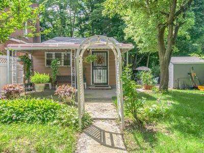 Bronx Single Family Home For Sale: 14 Fox Terrace