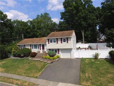 Single Family Home For Sale: 8 Foxwood Avenue