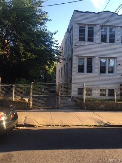 Multi Family 2-4 For Sale: 868 East 225th Street