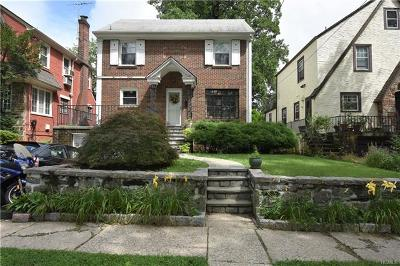 Mount Vernon Single Family Home For Sale: 35 Central Parkway