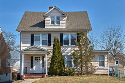 Port Chester Single Family Home For Sale: 77 Breckenridge Avenue