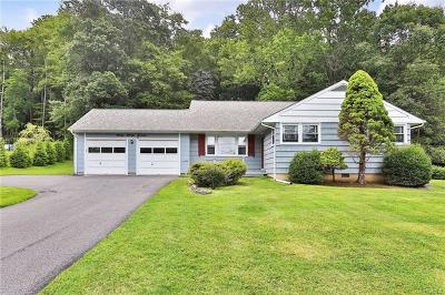Thornwood Single Family Home For Sale: 115 Milton Drive