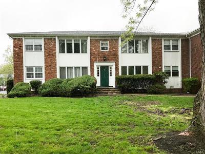 Condo/Townhouse For Sale: 3 Essex Lane #C-1