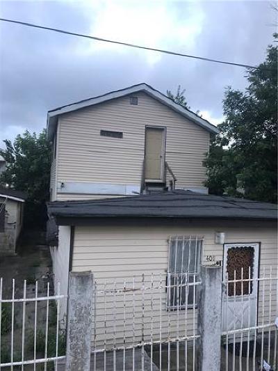 Bronx Single Family Home For Sale: 401 Harding Park