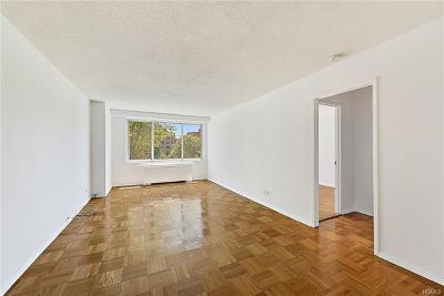 Co-Operative For Sale: 3333 Henry Hudson Parkway #4V