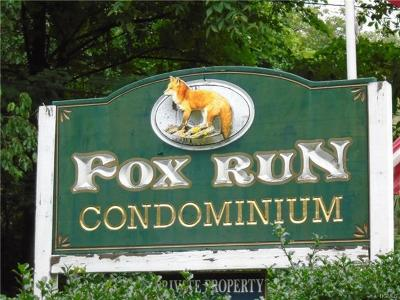Carmel Condo/Townhouse For Sale: 701 Fox Run Lane