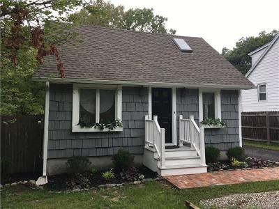 Fishkill Single Family Home For Sale: 291 Baxtertown Road