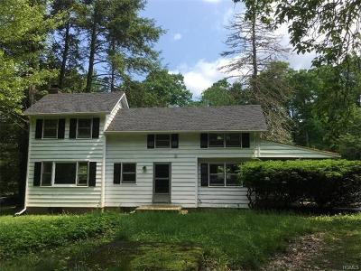 Single Family Home For Sale: 26 Mile Road