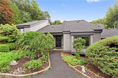 Somers Condo/Townhouse For Sale: 259 Heritage Hills #B