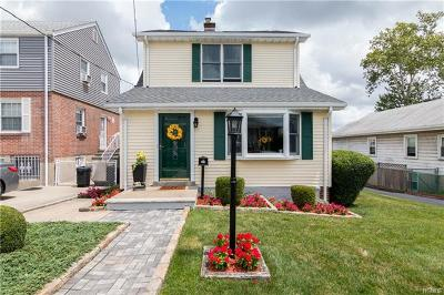 Yonkers Single Family Home For Sale: 322 Hayward Street