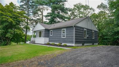 New Windsor Single Family Home For Sale: 359 Mount Airy Road