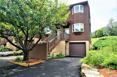 Ossining Condo/Townhouse For Sale: 31 Knoll View