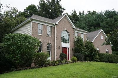 Somers Single Family Home For Sale: 1 Hyatt Lane