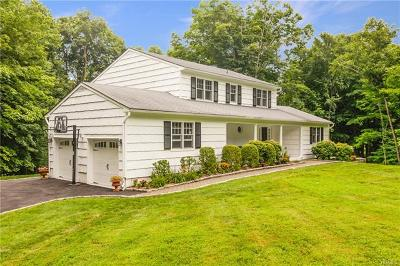 Mount Kisco Single Family Home For Sale: 33 Fox Den Road