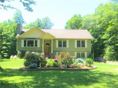 Bloomingburg NY Single Family Home For Sale: $338,000