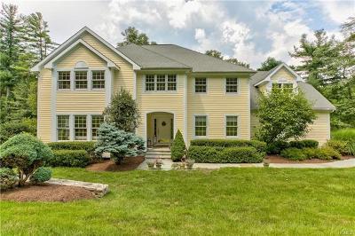 Mount Kisco Single Family Home For Sale: 8 Bretton Ridge