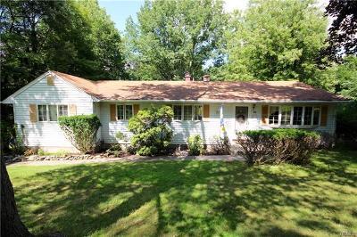 Monroe Single Family Home For Sale: 10 Hoffman Drive