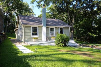 Monroe Single Family Home For Sale: 10 Stonewall Road