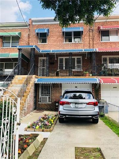 Multi Family 2-4 For Sale: 843 East 222nd Street
