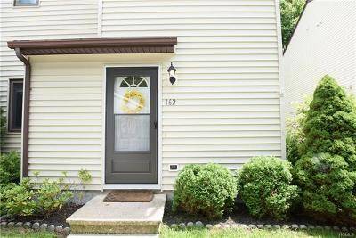 Highland Single Family Home For Sale: 162 Sterling Place