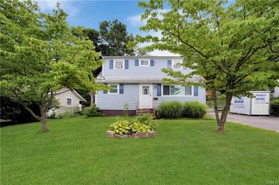 Beacon Single Family Home For Sale: 34 Howland Avenue