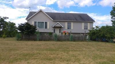 Pine Island Single Family Home For Sale: 42 Kosuga Lane