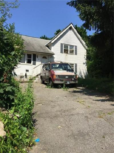 Peekskill Single Family Home For Sale: 150 Chauncey Place