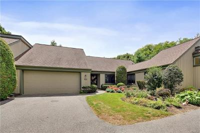 Somers Condo/Townhouse For Sale: 593 Heritage Hills #B