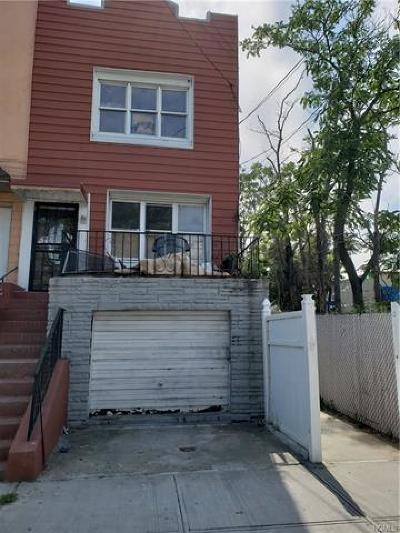 Brooklyn Multi Family 2-4 For Sale: 1802 Rockaway Parkway