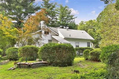 Westchester County Single Family Home For Sale: 1658 Amazon Road