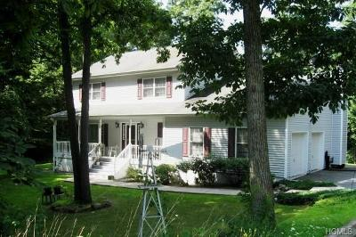 Middletown Single Family Home For Sale: 431 Foster Road