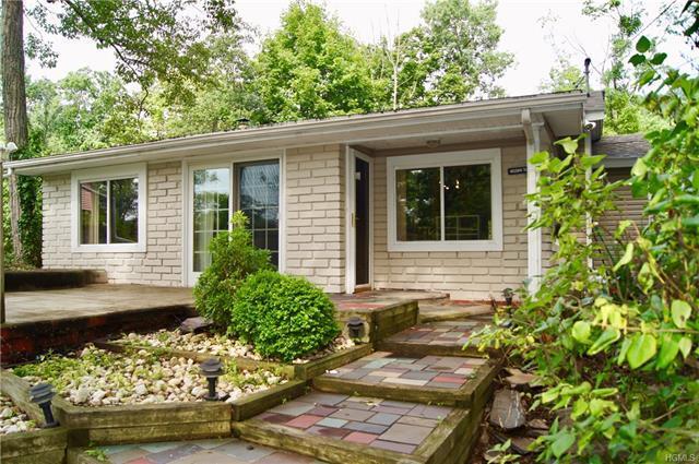 33 Lake Shore Road Greenwood Lake Ny Mls 4836347 Erin
