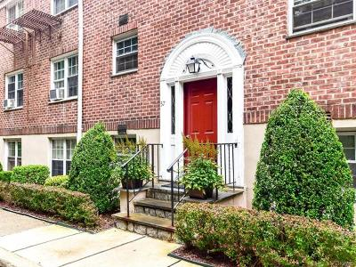 Bronxville Condo/Townhouse For Sale: 57 Rockledge Road #22D
