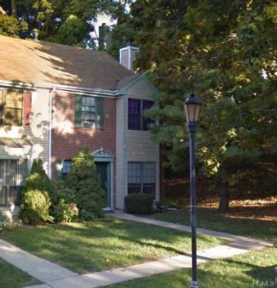 Peekskill Condo/Townhouse For Sale: 19 Poplar Circle