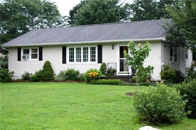 Westbrookville Single Family Home For Sale: 7 Maple Lane