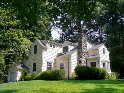 Mount Kisco Single Family Home For Sale: 32 Laurelton Road