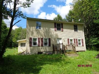 Wurtsboro NY Single Family Home Contract: $89,000