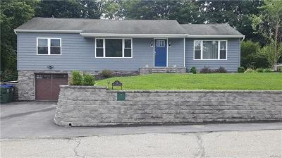 New Windsor Single Family Home For Sale: 3 Elizabeth Lane