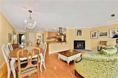 Chappaqua Condo/Townhouse For Sale: 150 North Bedford Road #E5